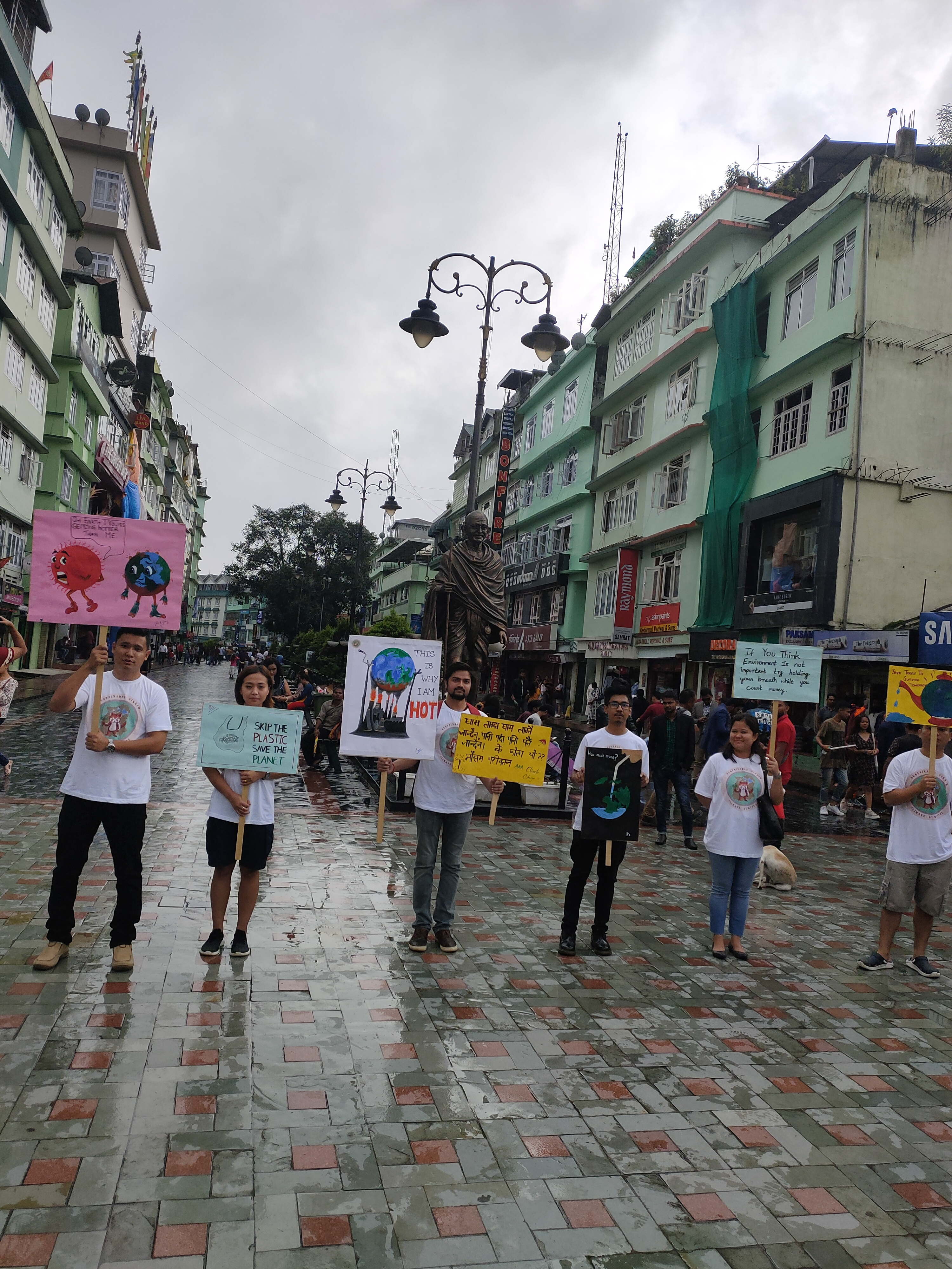 Bid Ocean and Sustainable Sikkim together in Climate Education Outreach at Gangtok's MG Marg